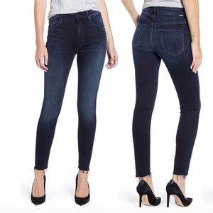 NWT MOTHER High Waisted Looker Ankle Fray Jeans